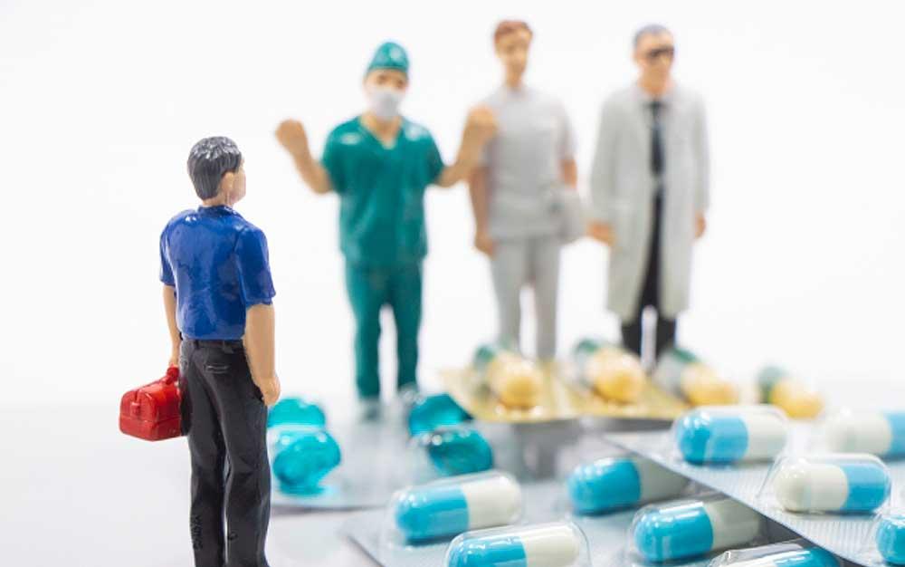 「他職種ではなく多職種」と連携し、患者のための医療を進める時代の画像